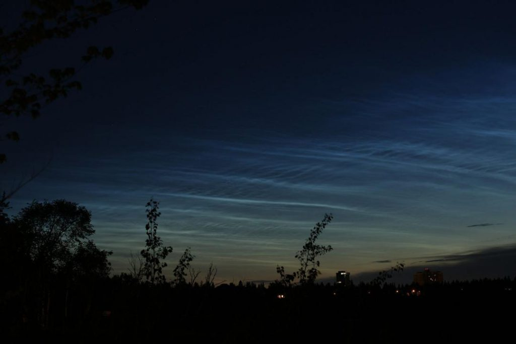 Noctilucent clouds on the morning of June 4th - a follow up to what Alister Ling talked about last week.